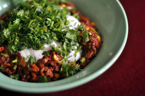 Oppskrift på Chili con carne og cornbread