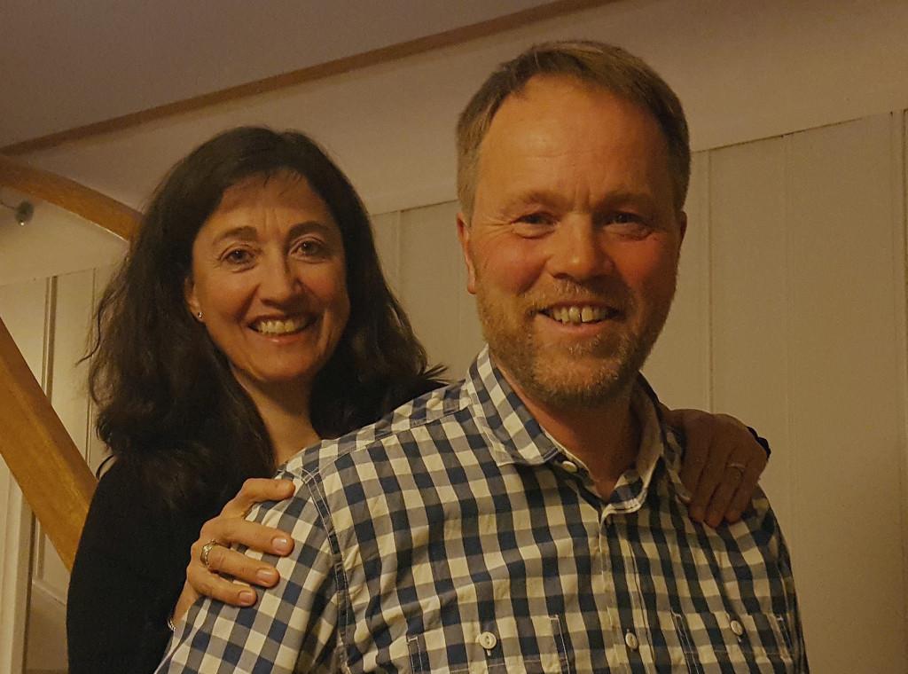 – Det du får på folkehøgskole får du ingen andre steder, sier Anne Britt og Håkon Mølsæter.