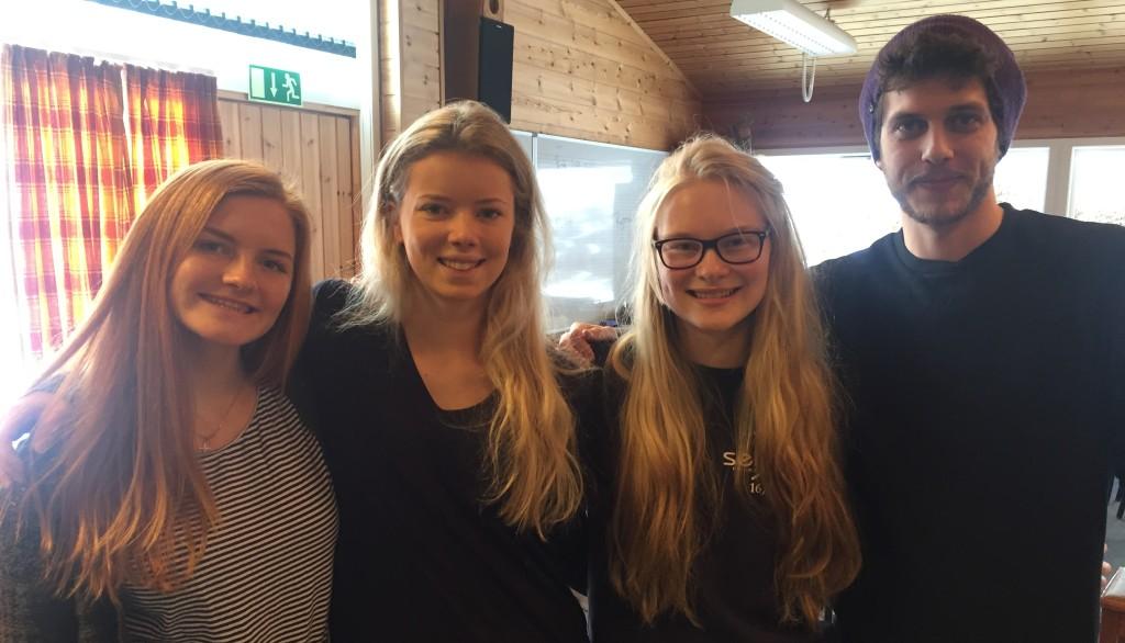 Ingeborg, Juliane, Tage og Synne fant fram til Seljord folkehøgskule på ulike måter