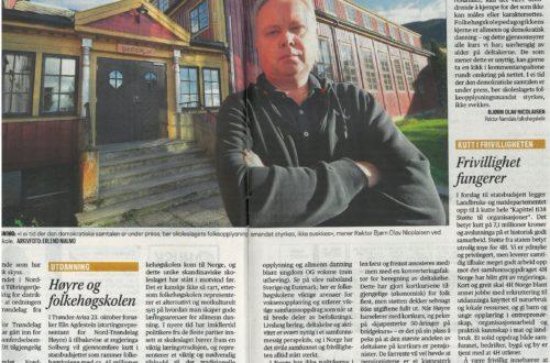 HØYRE OG FOLKEHØGSKOLEN