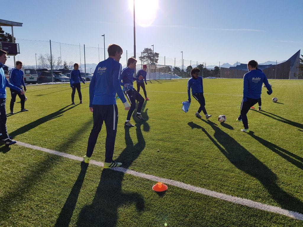 Fotball Molde folkehøgskole MFK