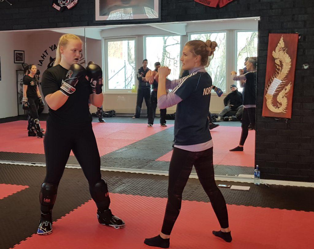 Amalie Anker Johansson kickboksing folkehøgskole Skogn folkehøgskole kampsport