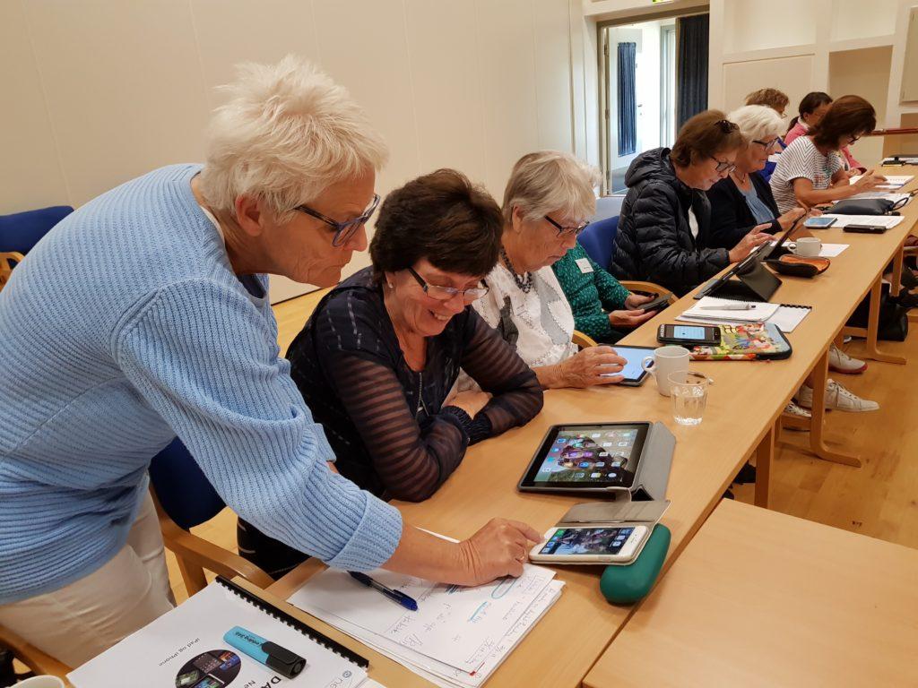 folkehøgskole Nestor seniorkurs veiledning digital hverdag hjelp