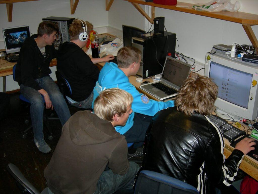 Året 2007, data, Internett, Voss folkehøgskole, Asperger