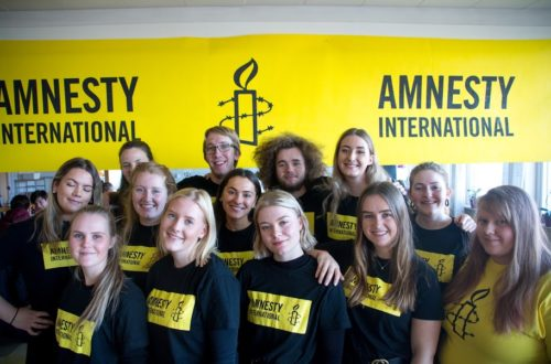 Amnesty og Åsane folkehøgskole oppfordrer: Skriv for Liv!
