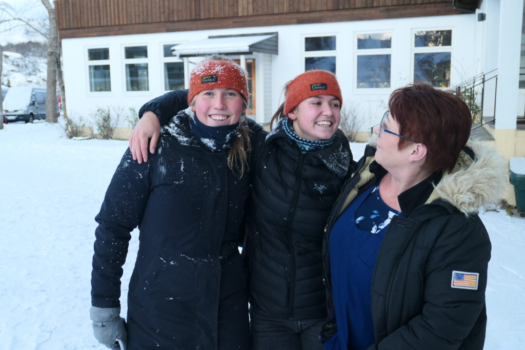 Pia, renholder, elever, Lofoten folkehøgskole