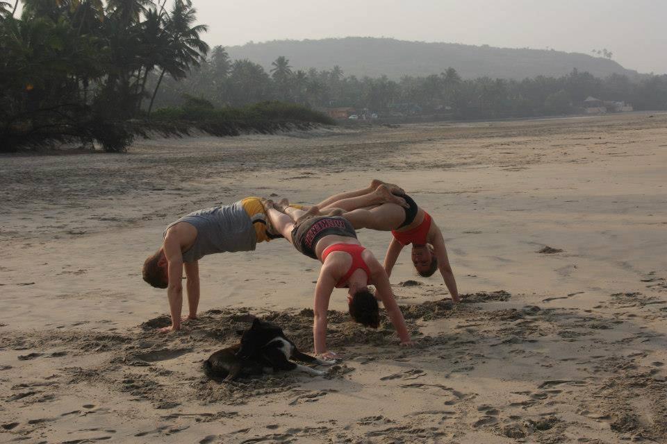 yoga India strand Hadeland folkehøgskole
