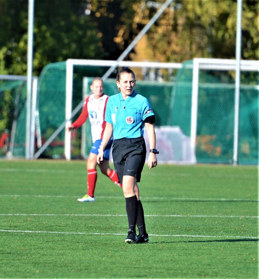 Fotballdommer cupfinalen kamp