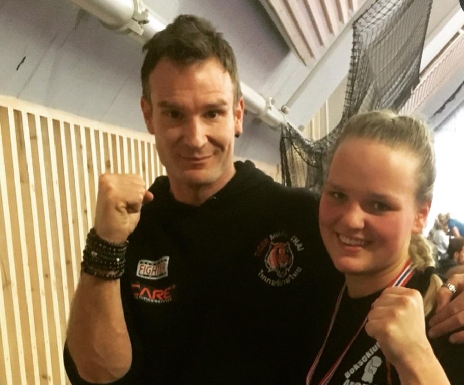 Vidar Moe og Amalie Anker Johansson kickboksing Skogn folkehøgskole