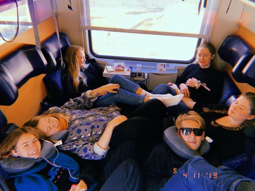 Folkehøgskolenes reiselivslinjer er svært populære og fylles fort opp. Bilde: Elisabeth Myrland, Seljord folkehøgskule.