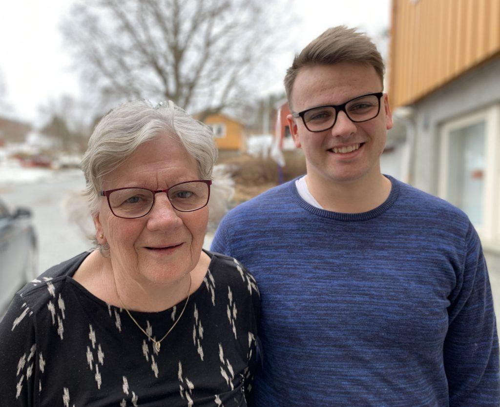 Knut Inge og farmor, portrett sammen