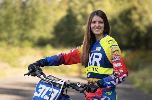 Andrea var nybegynner i motocross før folkehøgskolen. Nå vil hun bli motorsykkelmekaniker