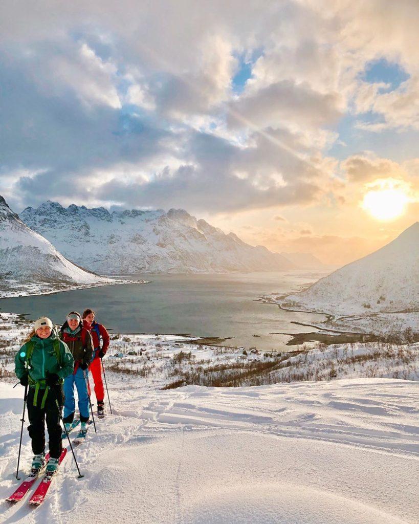 Mange folkehøgskoleelever har fått et nært forhold til en ny landsdel i Norge. Bilde: @kristinvestenfor Loften folkehøgskole